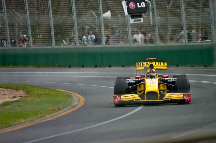 Robert Kubica, Renault R30 - 2010 Australian Grand Prix, Albert Park [3123x2075]