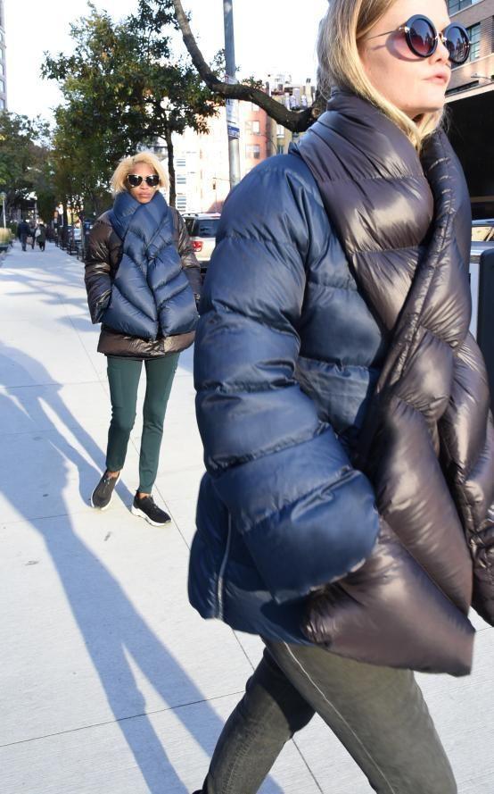 Women's Puffer Coats, Puffy Jacket, Winter Jackets Women, Unisex Fashion, Scarf Styles, Autumn Winter Fashion, Outerwear Jackets, Winter Outfits, Creations