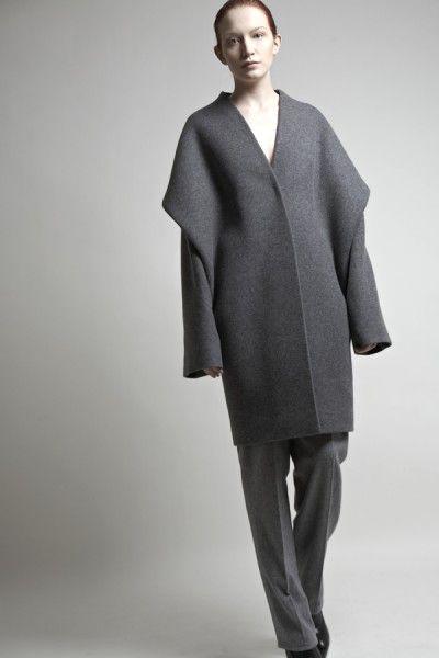 Minimal and sculptural fashion by fashion designer Tze Goh.