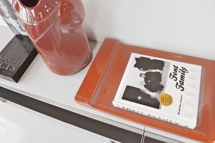 orange tray - vassoio design - accessories