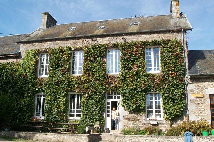 Frankrijk, Normandie, Ferme d'escurie. Leuke plek met veel kleine boerderijdieren, meertje.  kamperen met kinderen