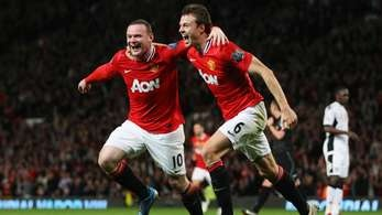 Man U go top after beating Fulham!!
