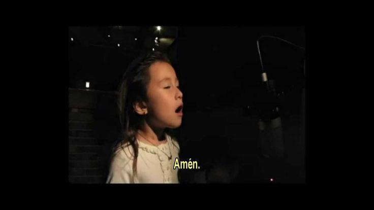 EL PADRE NUESTRO - Cantado por una niña