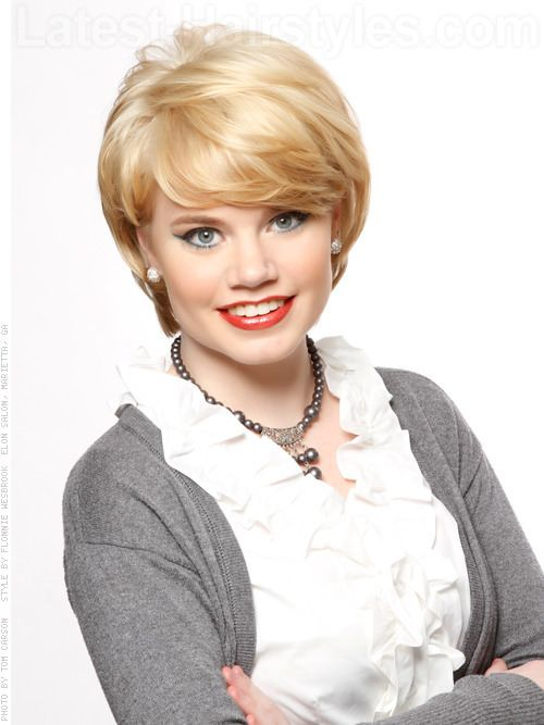 Oh wow, I wish I could wear my hair like this!!!!  I love the cut.  Short Blonde Princess Diana Haircut