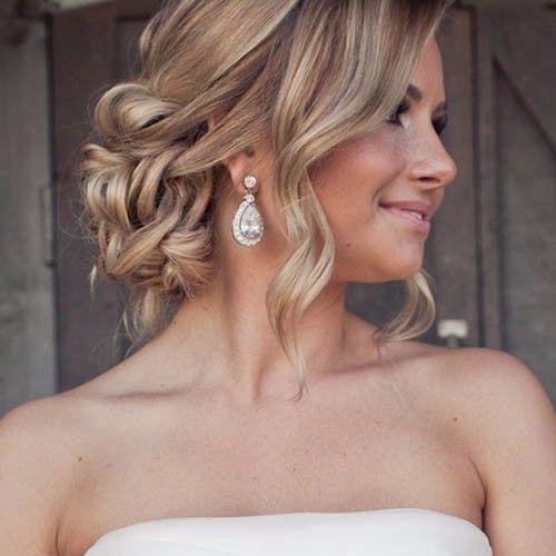 Penteados para noivas: preso, mas soltinho