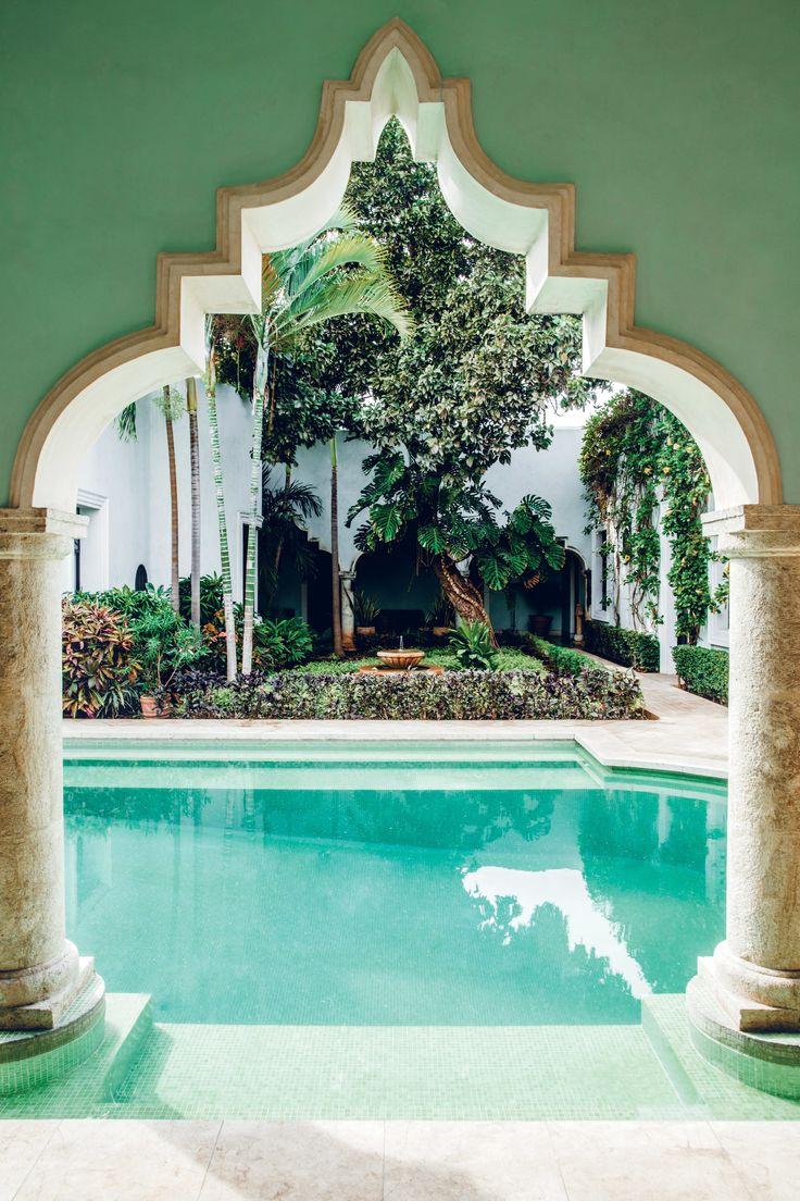 Villa Los Arcos de San Juan in Mérida, Mexico / ph: Matthieu Salvaing