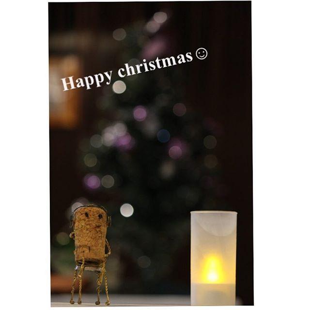 石垣の気温は下がったり上ったり。 クリスマスらしい飾り付けもあちこちにあります。 From ISHIGAKI ISLAND :)  #japan  #okinawa  #ishigaki  #kabira  #christmas  #tree   #winter  #camera  #photo  #winecountry  #dive  #diving  #沖縄  #石垣  #クリスマス  #玉ボケ  #たまぼけ  #コルクアート  #ワイン  #カメラ好き  #OceanStudio