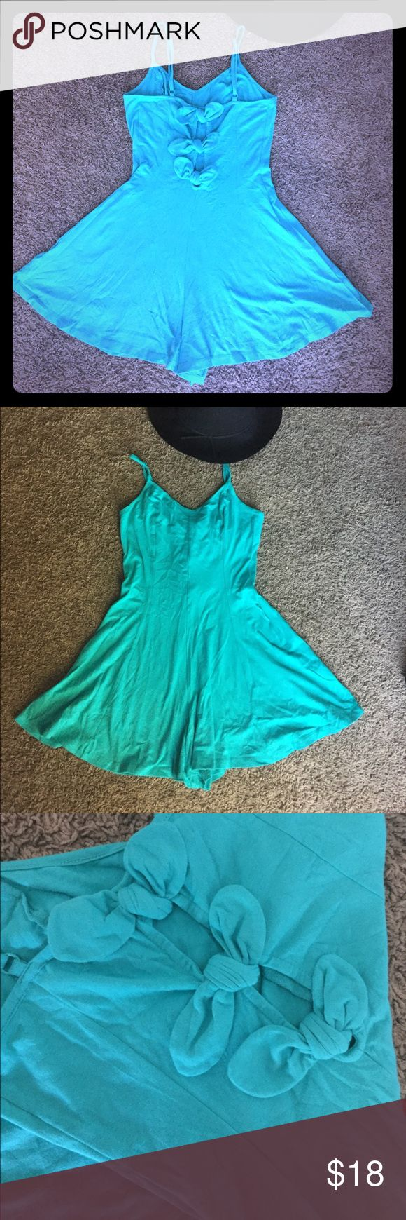 Kimchi blue urban outfitters bow back romper Size small. Worn once, hand washed and laid to dry. Very gently used and in excellent condition. Darling bow back with adjustable spaghetti straps. Last pic to show fit ❤️ Urban Outfitters Dresses Mini