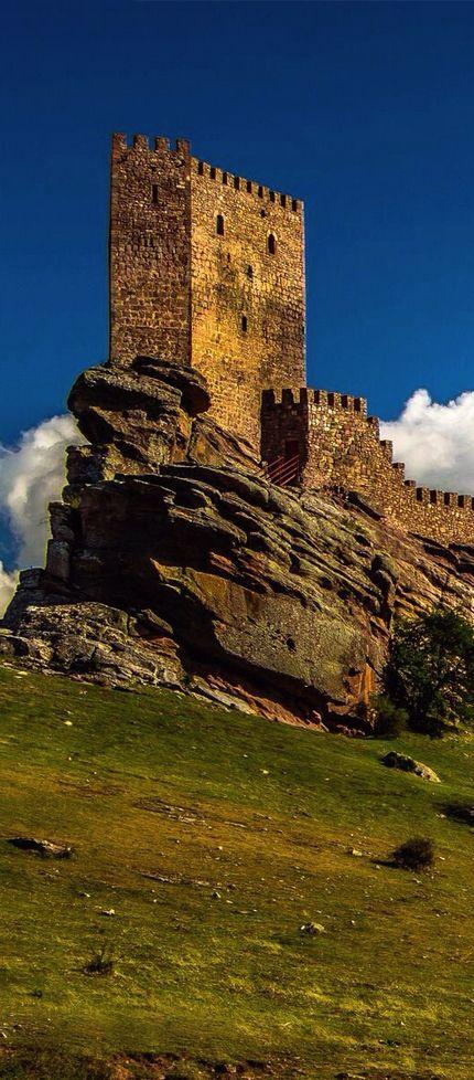 Zafra Castle, Campillo de Dueñas, Guadalajara, Spain