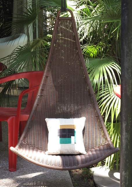 Roush Outdoor Swing Chair
