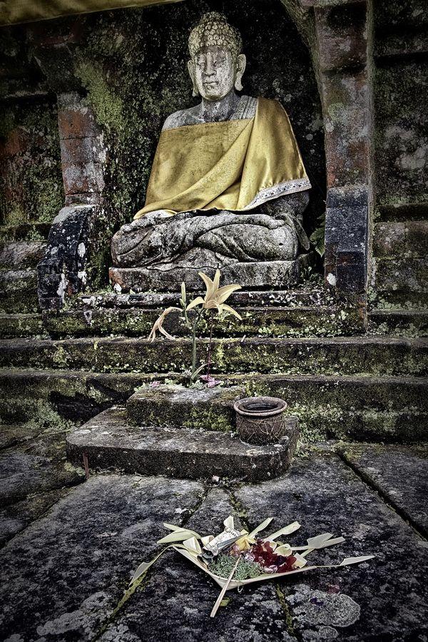Danu Bratan, Bali, Indonesia #Buddha