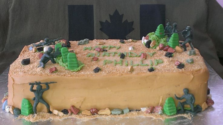 17 Best Ideas About Army Men Birthday Cakes On Pinterest