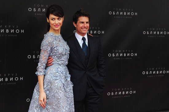 Tom Cruise and Olga Kurylenko continue international promotions for Oblivion | More pictures here!