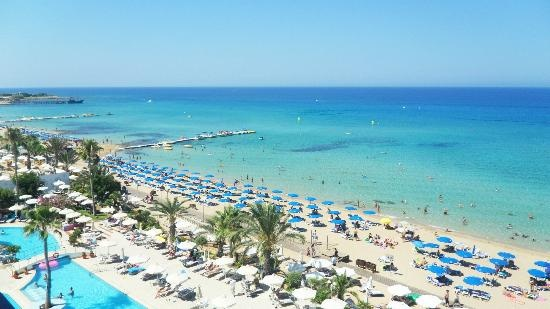 Sunrise Beach Hotel:                   View from Balcony