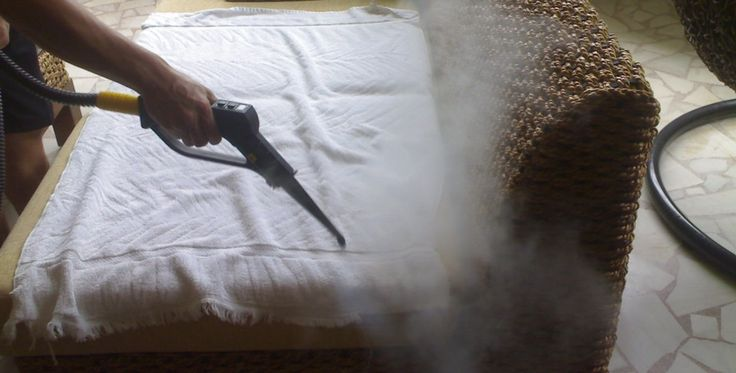 We have the expertise and experience to offer our sofa cleaning solutions in homes, residential complexes as well as big commercial establishes in Melbourne 3000. Our team is well trained to remove all kinds of dirt, dust and allergens with the utmost care to the material, fabric and finishing of your sofa sets.