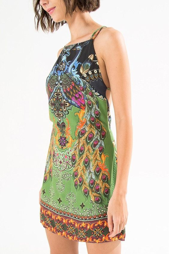 vestido curto pavão de cor   FARM
