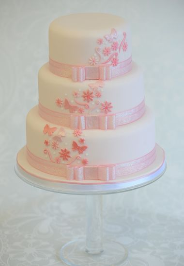 Pink Wedding Cake #WeddingCakes #Weddings