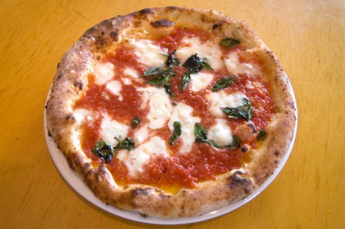 Best Pizza In America Man Finds Food