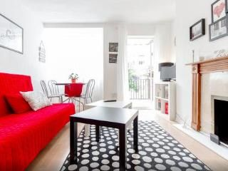 London Flat in leafy Putney area - Close to WImbledon Tennis Courts - London vacation rentals