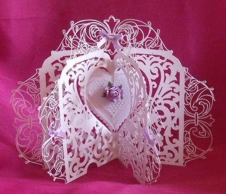 Middle Heart Carousel Card GSD on Craftsuprint designed by Tina Fitch - This stunning design folds flat for posting and would be well received by the recipient - Now available for download!