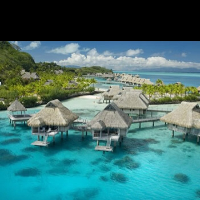 Tahiti Accommodation Over Water Bungalows: Favorite Places & Spaces