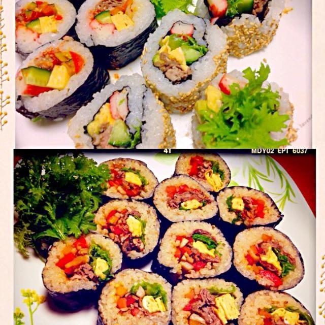昨日は巻いては無くなり、またまた巻いてと何本巻いたのか…❗️娘っち大活躍でした。食べながらの作業お疲れ様〜(≧∇≦)  お肉とお野菜たっぷりの恵方巻きは まさきお母さんのレシピです♡ - 235件のもぐもぐ - お肉の恵方巻き 韓国風海苔巻きとカリフォルニアロール♡ by momomurasaki