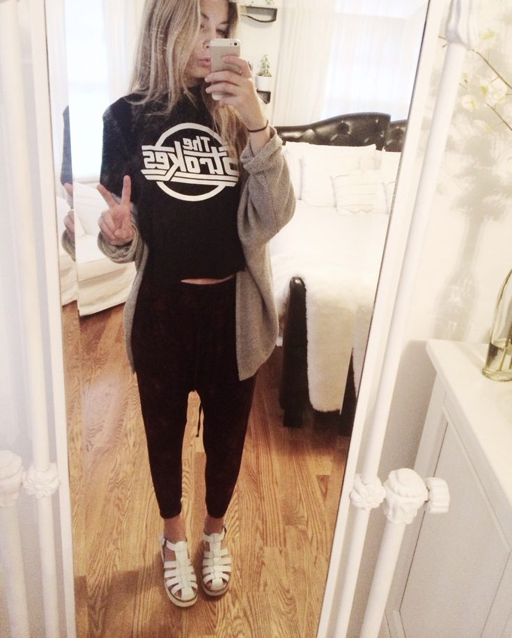 Urban Outfitters harem pants, The Strokes shirt from Etsy, Brandy Melville cardigan, Windsor Smith lily sandals :~)