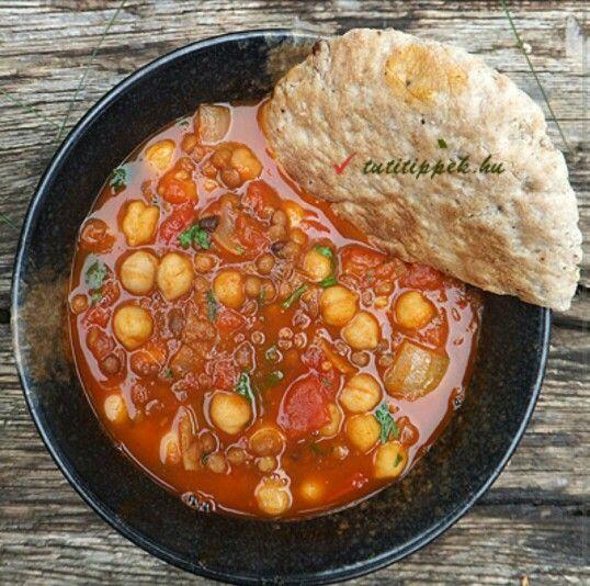 Marokkói csicseriborsó és lencse leves