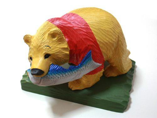 あなたの家にある「木彫りの熊」をカラフルに塗るべき9つの理由
