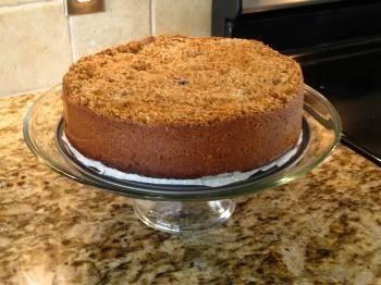 De echte Dudok taart Heb hem al eens gemaakt. Hij is mega groot/hoog en zwaar. Lekker, maar ik ga toch voor de gewone Hollandse appeltaart