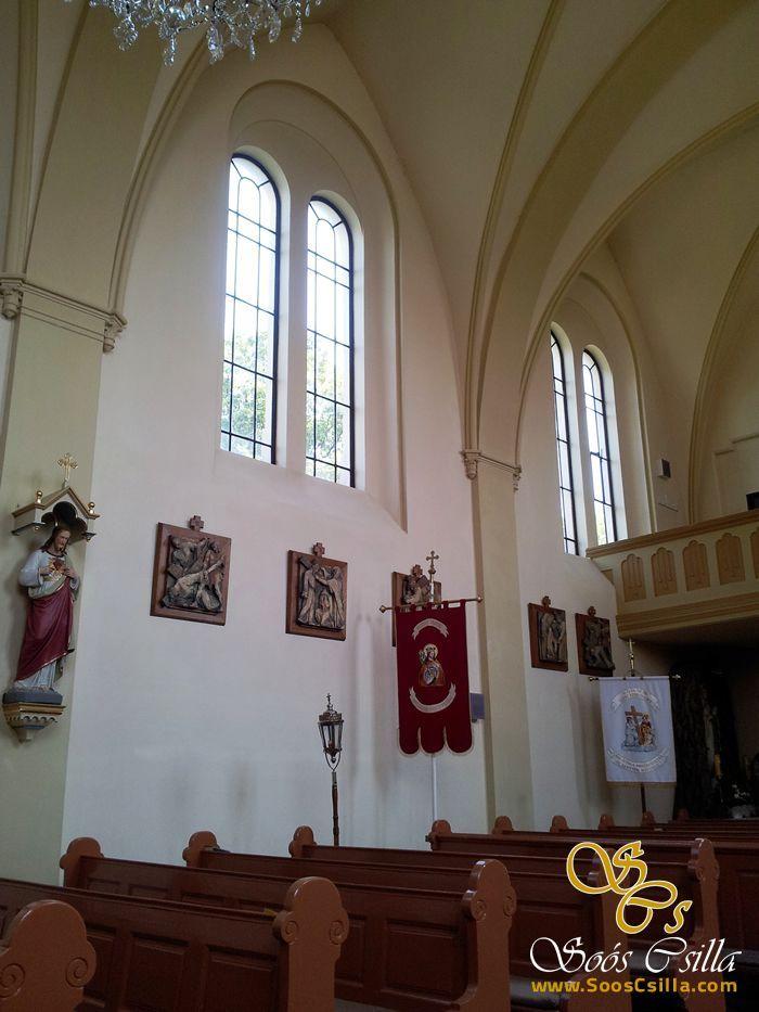 Výroba Vitráže Okna v Kostole v Čiernom Brode Video Fotky z Dielne  http://sk.sooscsilla.com/cirkevne-nabozenske-a-kostolne-sakralne-vitraze/ http://sk.sooscsilla.com/portfolio/vyroba-vitraze-okna-v-kostole-v-ciernom-brode-video-fotky-z-dielne/
