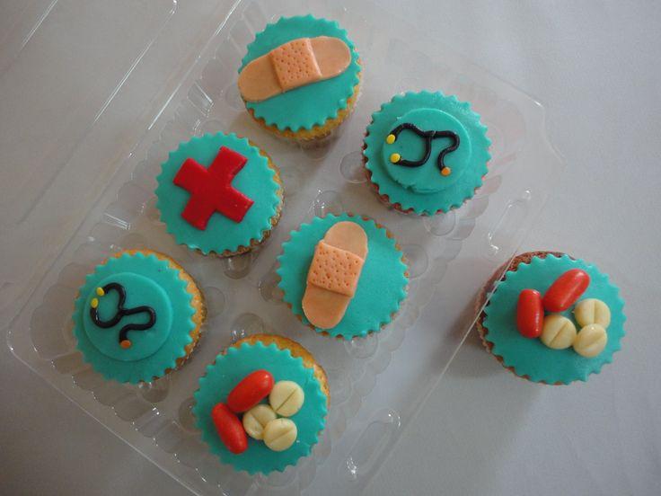 Pasteleria deNaranjo. Cupcakes para medicos o enfermeras ...