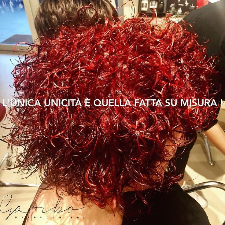 Antonella !! Che Cambiamento aragazzii! Qui si che ci voleva un Prima&Dopo  da Rossa sbarazzina ad un perfetto Alternative Colour Tridimensionale luci ed ombre per esaltare e valorizzare L unicità del suo stile ! ---#alternativecolour #tridimensionalcolour #colorein3d #coloretridimensionale #ilcoloresumisuraperte #colorbar #colore #lucentezza #capelli #effettocolore #sfumatureneicapelli #nuovocolore #nuovo #moda #tendenza #colorazione #instahair #gropellocairoli #garlasco #vigevano #pavia…
