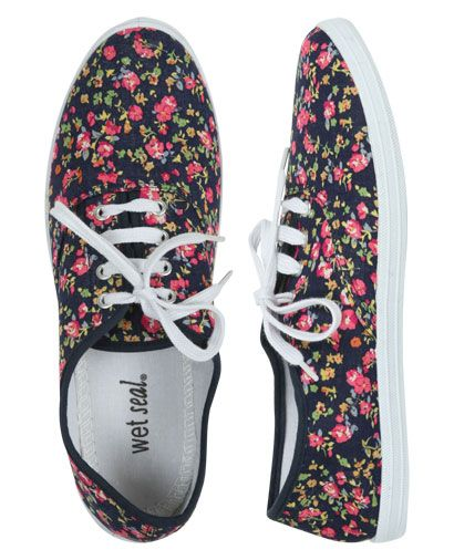 Ditsy Floral Tennis Shoe - Flats