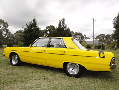 car-hire-uk.com Review:- 1970 CHRYSLER VALIANT PACER VG - JUST Cars http://www.car-rental-reviews.co.uk/