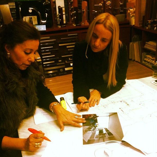 En la asesoría en decoración de Paula Undurraga para una de nuestras clientas. Beneficio Almagro