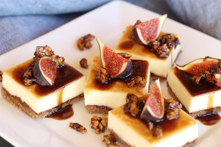 Figový cheesecake je výnimočnou kombináciou sladko-kyslej chuti balzamikovej redukcie s figami a syrovej náplne. Hneď po prvom kúsku sa stanete závislí.