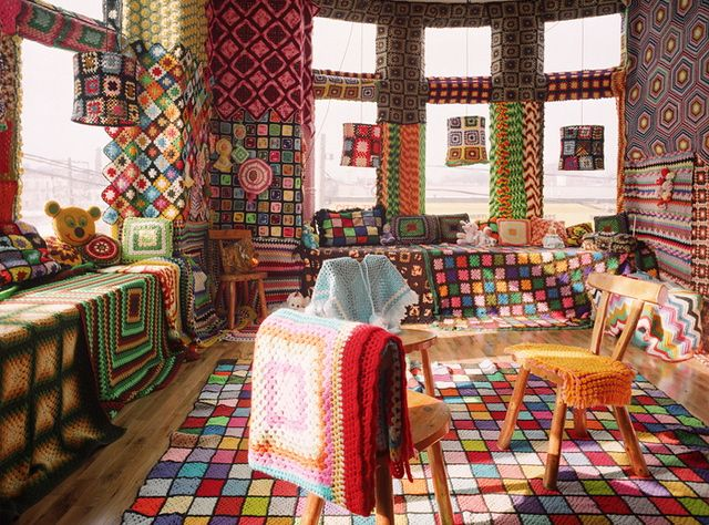 Granny Square Room: Crochet Stuff, Crochet Afghans, Color, Dreams Rooms, Dreams House, Knits Rooms, Crochet Rugs, Granny Squares, Yarns Bombs