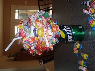 DIY candy and soda bouquet tutorial. Great gift idea. :)need to try this.. Looks easy