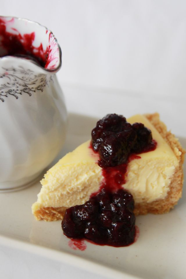 The Cupcake Ballroom: Classic Baked Cheesecake with Blueberry Sauce