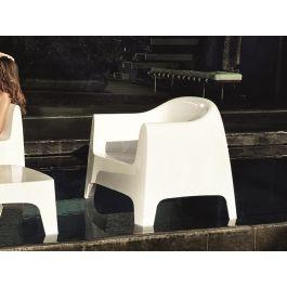 Exceptional Der Neue Solid Lounge Sessel Von Vondom   Stapelbar, In 5 Farben Erhältlich  Und Perfekt Für Die Gehobene Gastronomie, Aber Auch Den Privathaushalt Von  Welt ... Great Pictures
