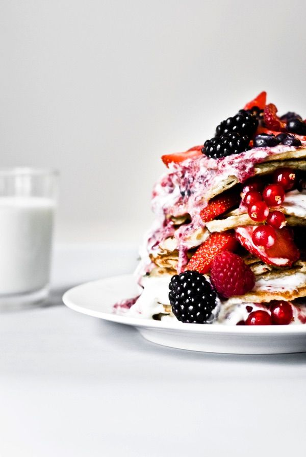 pancakes with red fruit cream