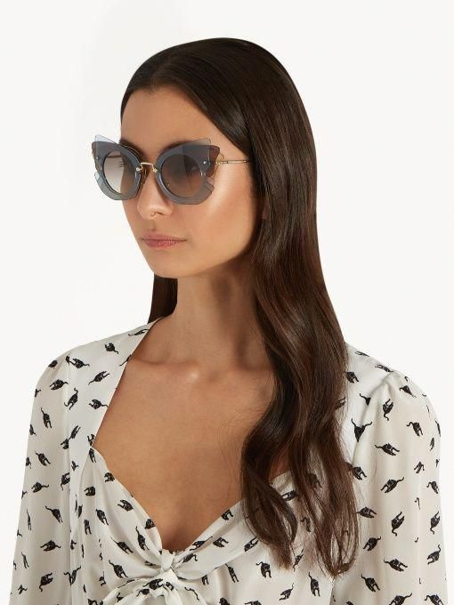 f38321c8217a Miu Miu Butterfly-frame sunglasses #MiuMiu | Miu Miu | Sunglasses ...