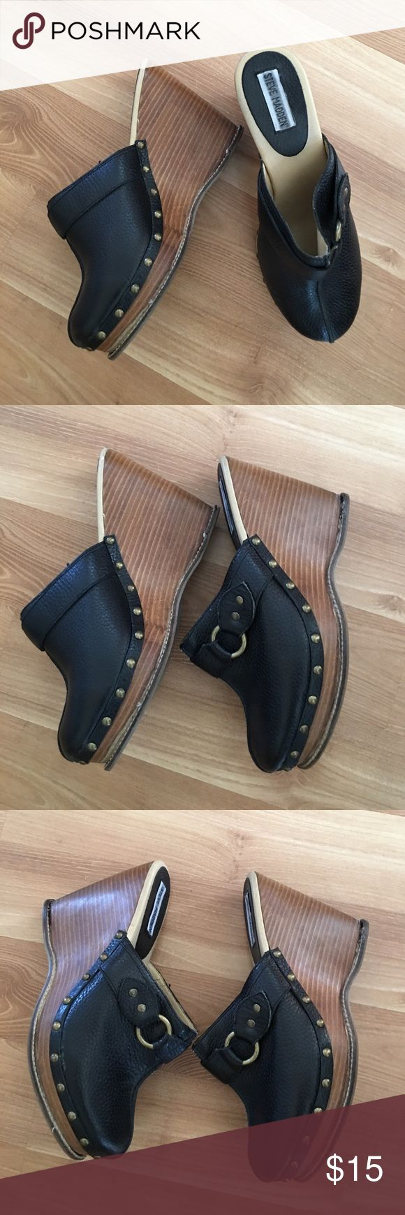 Steve Madden slip on clogs size 10M Steeve Madden heeled clogs . Leather upper. Size 10M. In good used condtion. Bin#06 Steve Madden Shoes Mules & Clogs