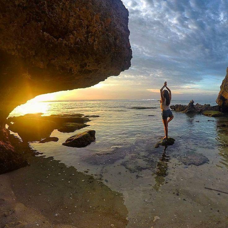 Someday you will find the One who will watch every sunrise with you until the sunrise of your life.  Location : Pantai Padang Padang, Bali  📷 by       : @misstikuss . . #beach #sunset #padangpadangbeach #bali #trip #Traveling #Tour #exploreindonesia #explorebali #ekplorenusantara #indonesiakeren #indonesiabagus #wonderfulIndonesia #pesonaindonesia #tukangjalan #pesonabali #pulaudewata #tukangjalantrip #tukang_jalan #liburan #liburanbali #liburanmurah