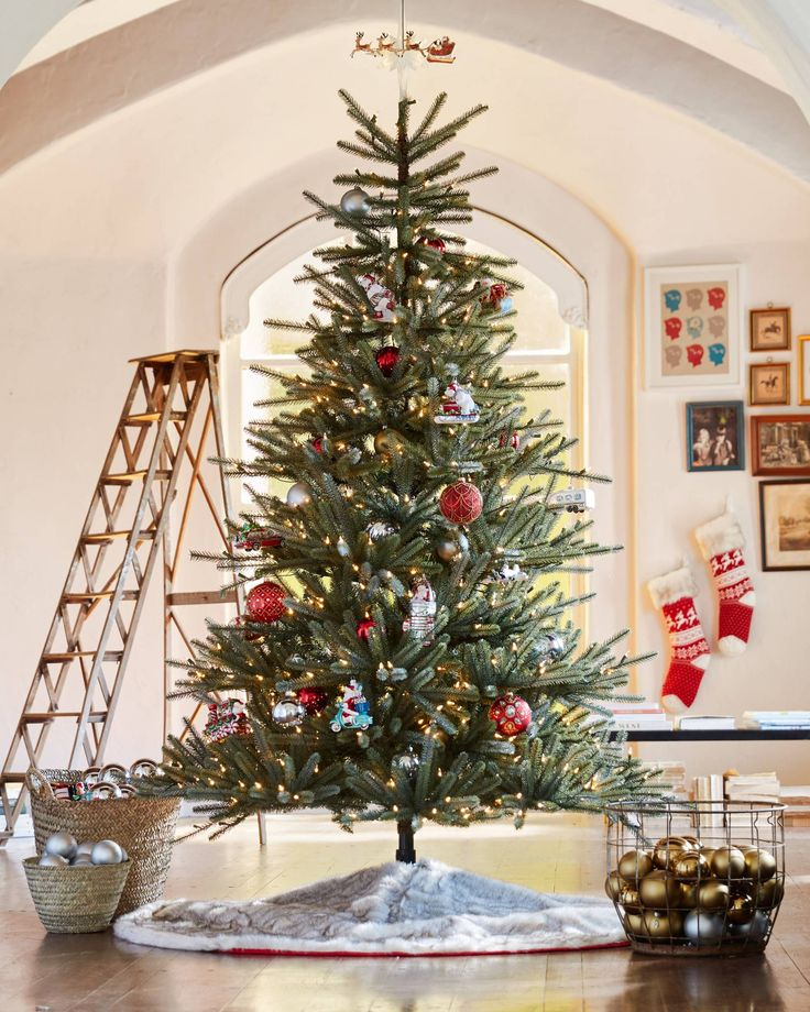 Sanibel Spruce™ Tree Animated christmas tree, Realistic