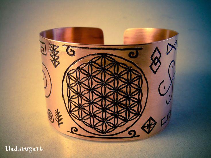 Bratari din cupru gravate manual cu simboluri dacice - Hadarugart Arta inseamna viata