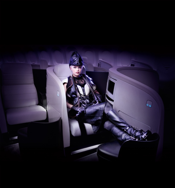 Air New Zealand: A design from The World of WearableArt Awards Show