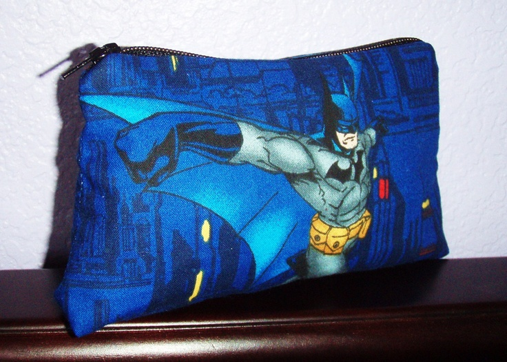 Awesome Batman makeup bag! Heck I don't wear makeup I WANT!!!