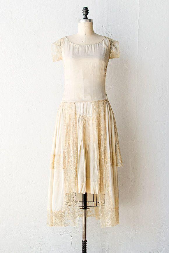 vintage 1920s dress | 20s flapper wedding dress | Pearl Eglantine Wedding Dress